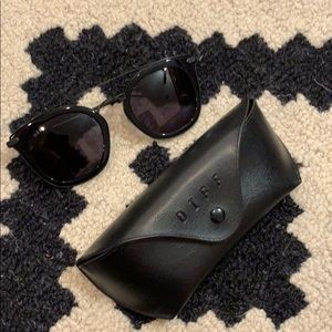 Diff Eyewear Accessories - Brand new Diff Zoey sunglasses